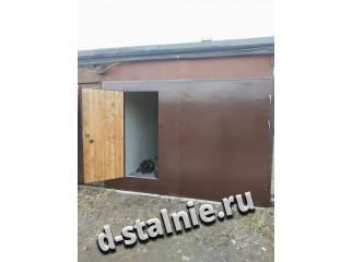 Стальные ворота с дверью 00-92, Краска + Вагонка