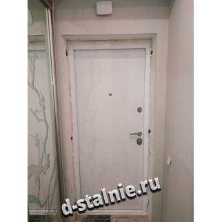 Стальная дверь 00-82, Ламинат + Ламинат
