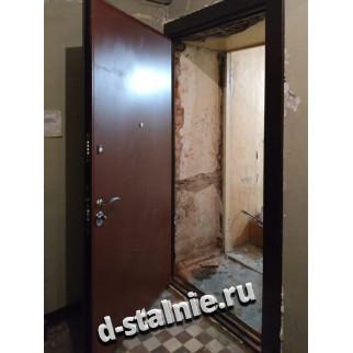 Стальная дверь 00-22, Порошковое напыление + Ламинат